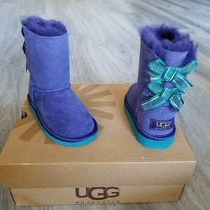UGG Toddler Bailey Bow Bloom Suede Boot.
